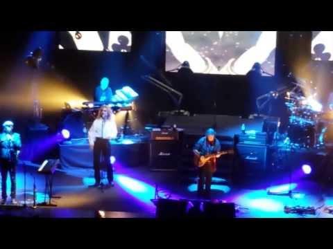 Steve Hackett - 'The Musical Box' (live excerpt) Hammersmith Apollo London - 23 May 2013