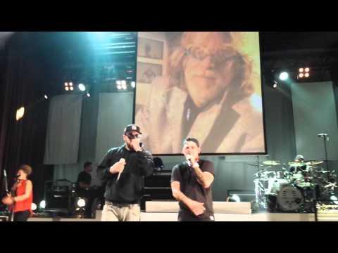MIKE SINGER KTR VLOG #02 - KIEL / BREMEN von YouTube · Dauer:  9 Minuten 25 Sekunden