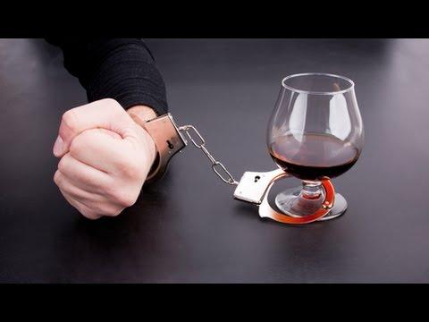 Пивной алкоголизм: последствия, лечение, симптомы у женщин