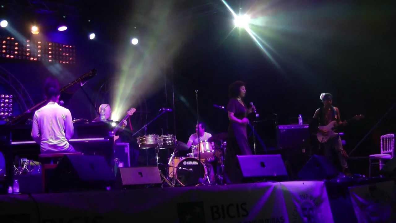 Elisabeth Kontomanou Quartet | Saint-Louis Jazz 2012