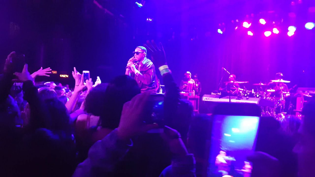 Jeremih - Oui (LIVE at the Roxy Theater) - YouTube