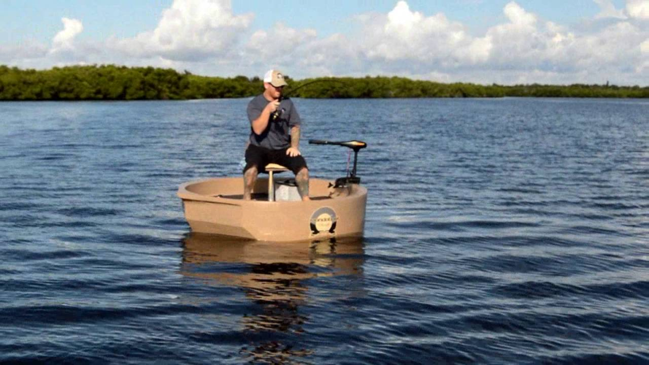 Roundabout watercraft tarpon round boat portable round for Round fishing boat