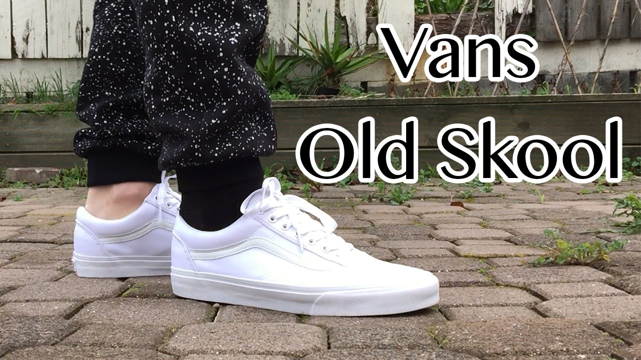 a3eb073156 Vans Old Skool | True White | Close Up & On Feet Looks - YouTube