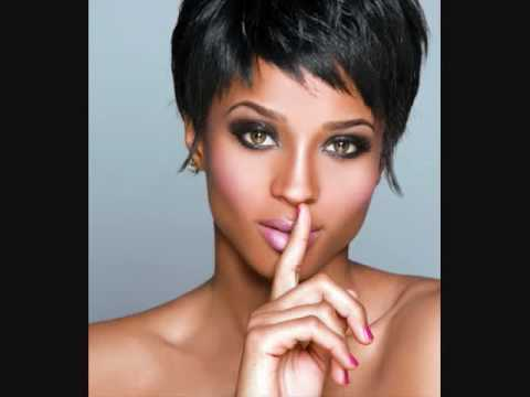 Rihannas New Short Shaved Hair Who Really Started It First