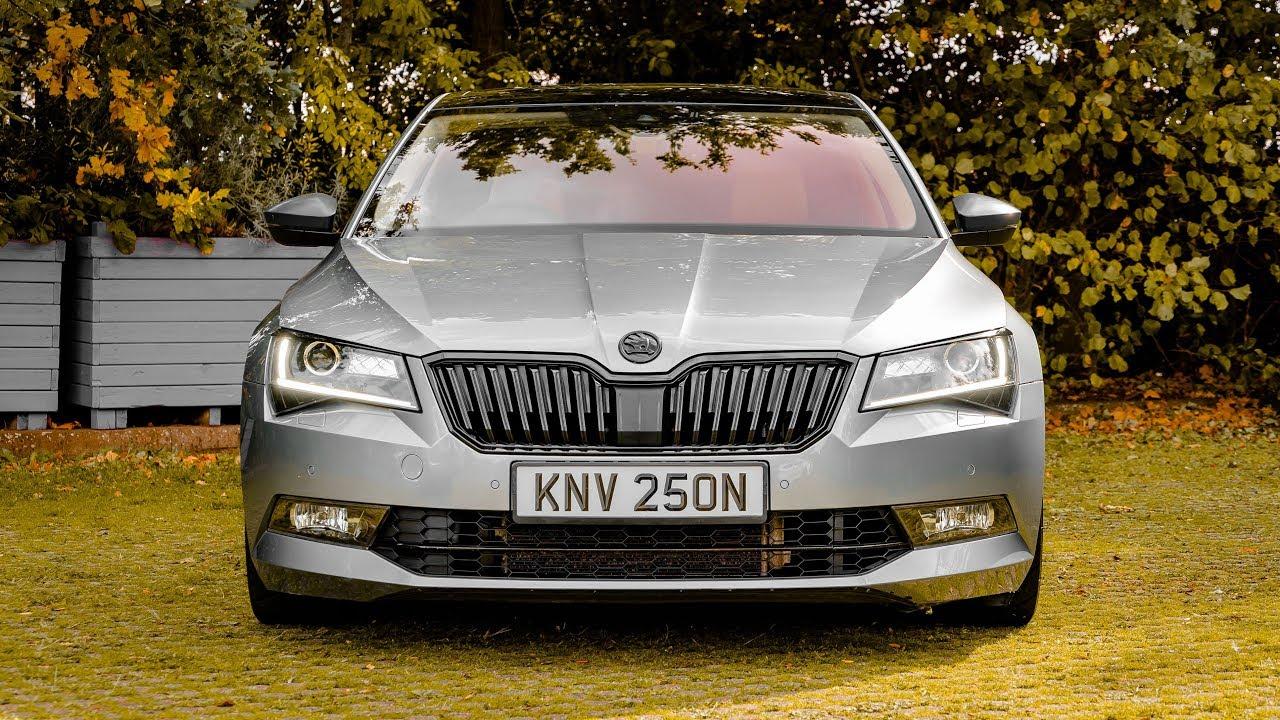 Škoda Superb predátor: 568 koní pokorí BMW M5!