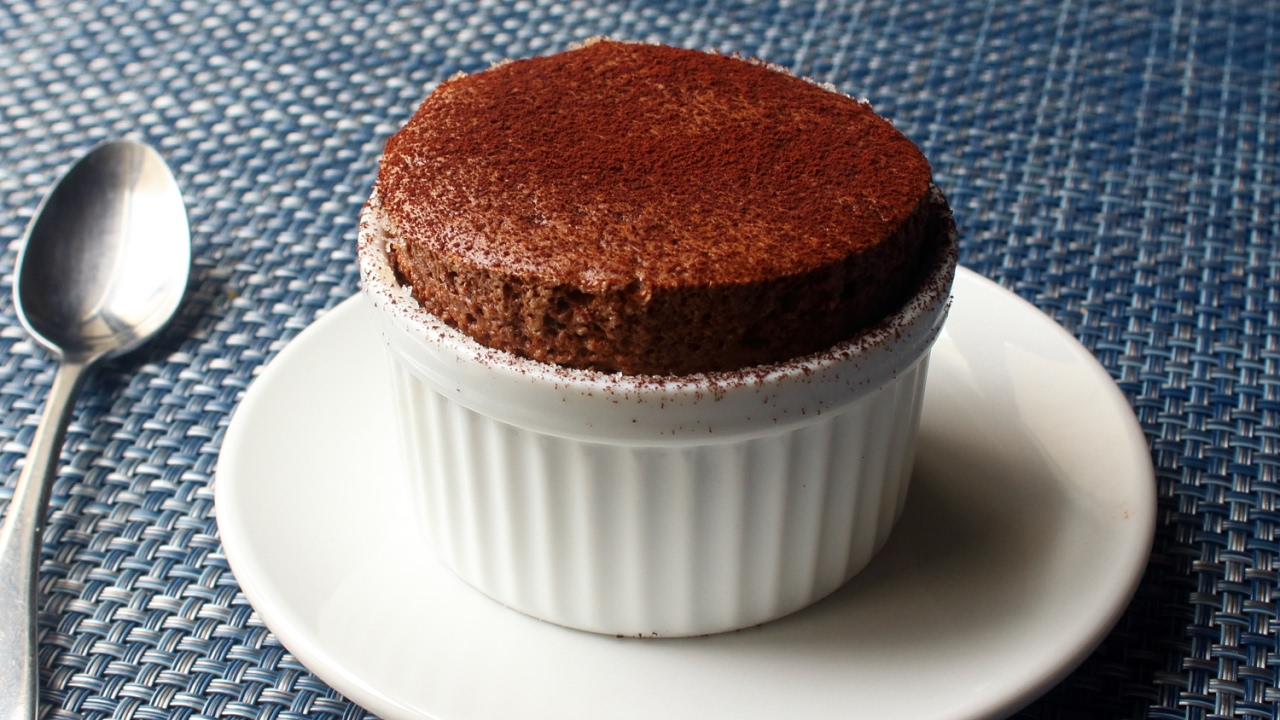 Chocolate Soufflé - How to Make Chocolate Soufflé for Two ...