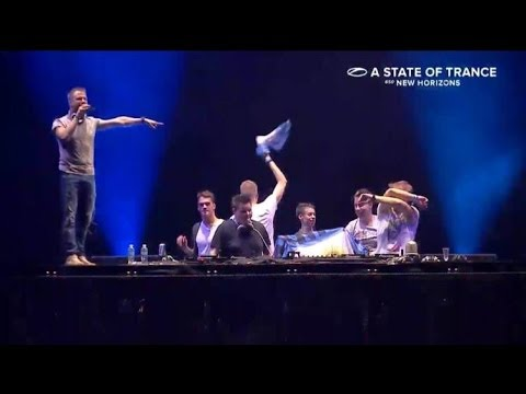 [HD] Armin Van Buuren LIVE in Malaysia 2014 : #ASOT650MY A State Of Trance 650 : New Horizons