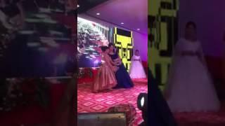 Mano Ya Na Mano Full Song Dance