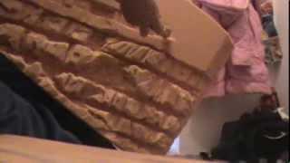 ОБЪЁМНЫЙ ФОН В АКВАРИУМ СВОИМИ РУКАМИ(В этом видео, я показываю как я сделал задний фон в свой аквариум!, 2014-02-10T19:46:20.000Z)