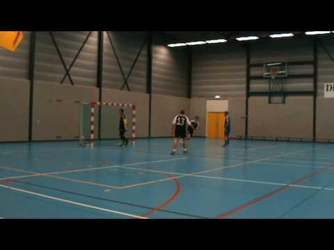 SCHUTTERS DRONTEN-GLASCARE/KEJE  9-7 Joey Westerhout
