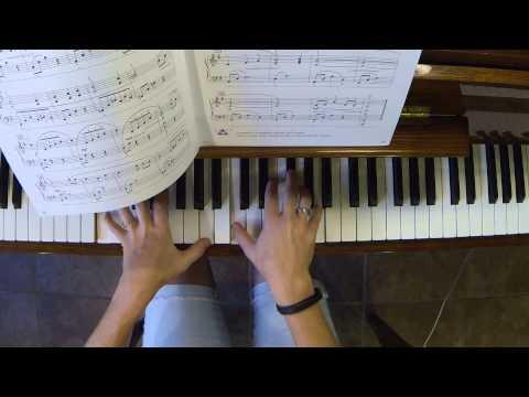 Chanson- Piano Adventures/4/Lesson