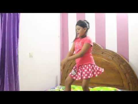 chittiyaan-kalaiyaan-bangladeshi-baby-dance-cover-by-aurpa