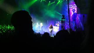 Megadeth - Peace Sells & Holy Wars (Reprise) (Live at the Gibson Amphitheatre 10/21/10)