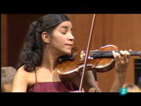 Ana Maria Valderrama plays with Zubin Mehta Mozart violin concerto N.3 (Cadenza 1 Mov)