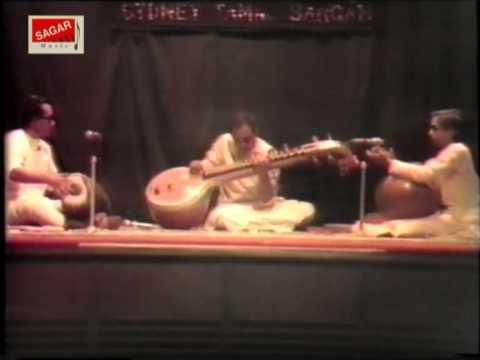 Maestro In Concert. Endaro Mahanubhavalu - Dr. Chitti Babu.