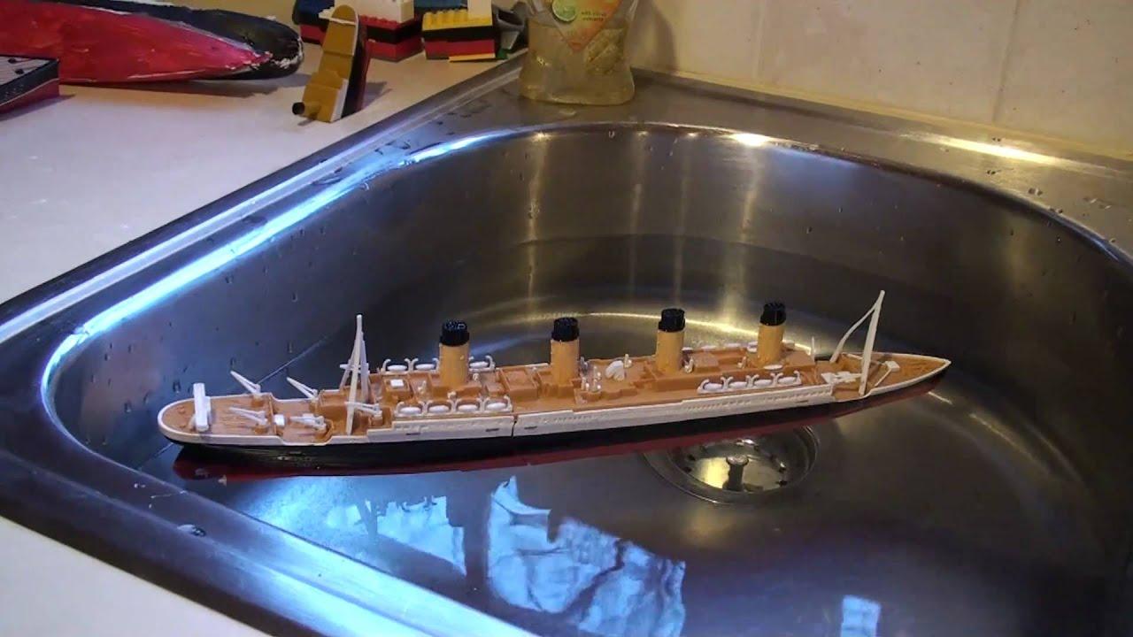 Toys R Us Titanic Model : Titanic submersible model demonstration youtube