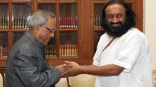 HH Sri Sri Ravishankar Guruji Art of Living International, Bangalore calling on the President
