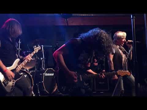 Fast Road Jack Russell's Great White live in Tacoma