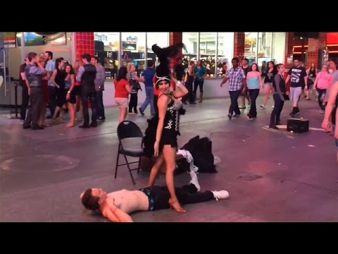 JJ Ryan - WATCH: Las Vegas Street Performer Accidentally Pees On Volunteer