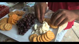 Easy Cheese and Crackers Platter