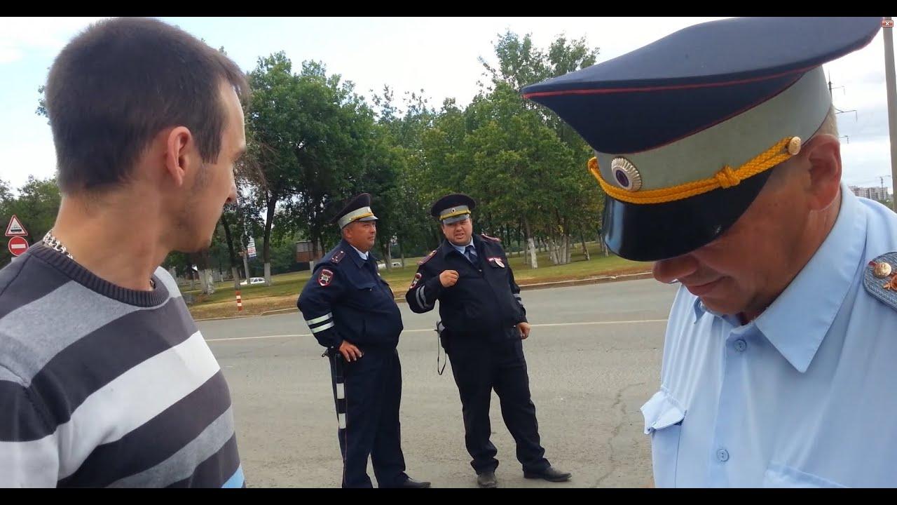 Отсасал у полицейского