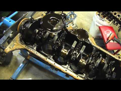 Jeep Engine Tear Down Crankshaft Removal and Inspection