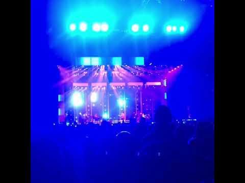 Gif 1: Bruno Mars Live Washington DC