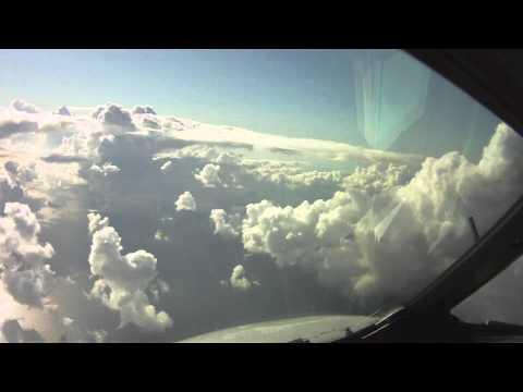 Paris to Tunis - Pilot's eye view take off and landing