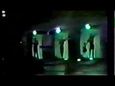 Devo - Opening Theme/Going Under (live, 1981, Boulder, CO/Se