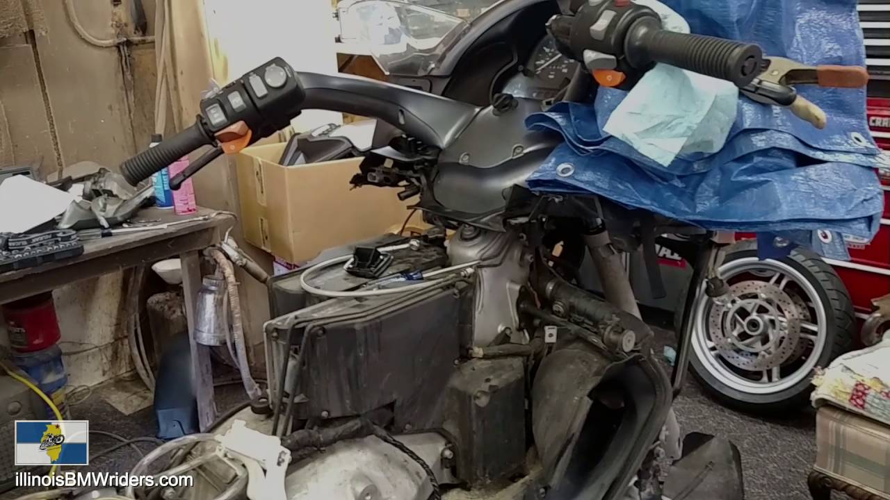 how much do you trust your bmw motorcycle mechanic? mechanic fail