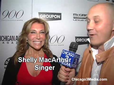 Bruno Gatinet Chicago3media with Ali Larter, Shelley McArthur & Hayes McArthur