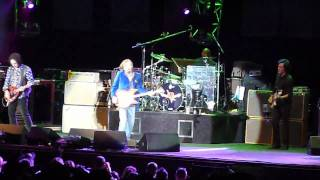 "Tom Petty & The Heartbreakers - ""Mystic Eyes"" HD(Live-Gorge-2010)"