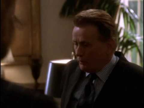 "The West Wing - 1.17 - C.J. and the ""Signals"" from Bartlet"