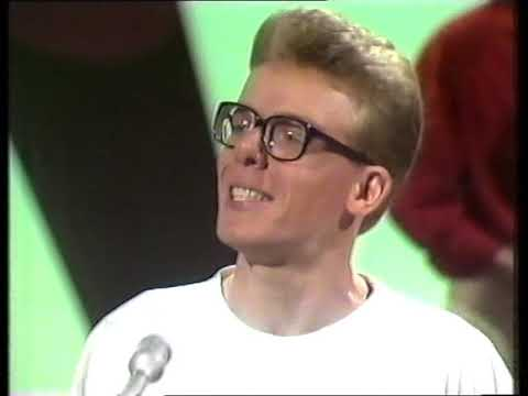 the-proclaimers---i'm-on-my-way-(hey-hey-it's-saturday)