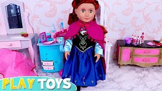 Play Baby Doll Frozen Anna Dress up and Make up Toys!