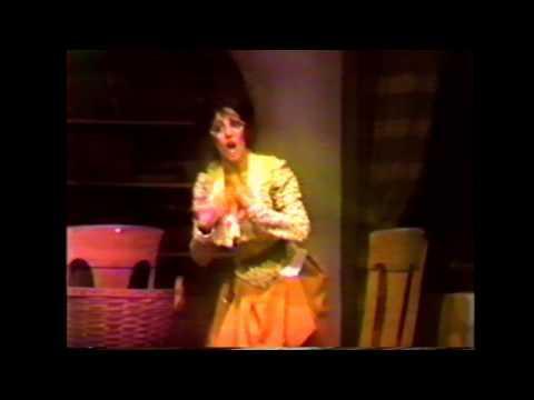 SHEILA WORMER sings