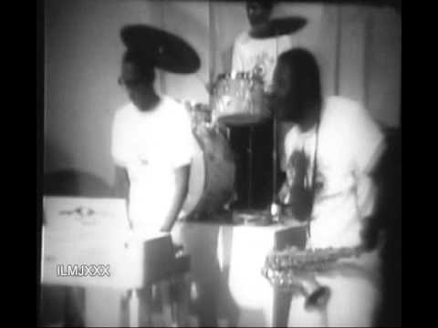 WATTS 103RD STREET RHYTHM BAND - SPREADIN' HONEY (RARE VIDEO FOOTAGE)