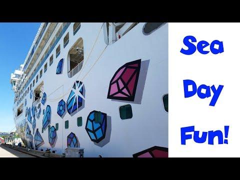 Norwegian Gem Cruise Night 2 (Food + Shows) • NYC Land & Sea Cruise Vlog Day 10 [ep20]