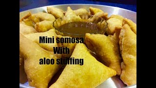 Mini samosa with aloo stuffing(Potato stuffed mini samosa)