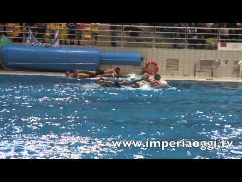 Imperia 69 Battaglie in Piscina  I Goliardi Dianesi giochi in piscina 2012