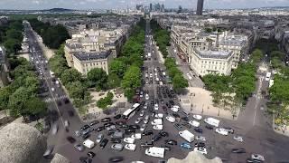 Timelapse of Worlds worst roundabout - Arc de Triomphe [4K]