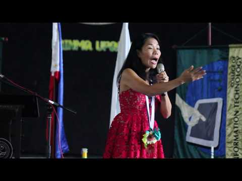 Rebecca Bustamante shares her life story with University of Pangasinan student's