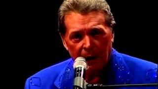 Mickey Gilley  - True Love Ways (live)