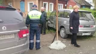 ДТП на перекрестке Суворова и Островского в Бердске