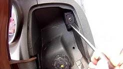Piaggio X10 Abblendlicht-Scheinwerfer Birne ersetzen