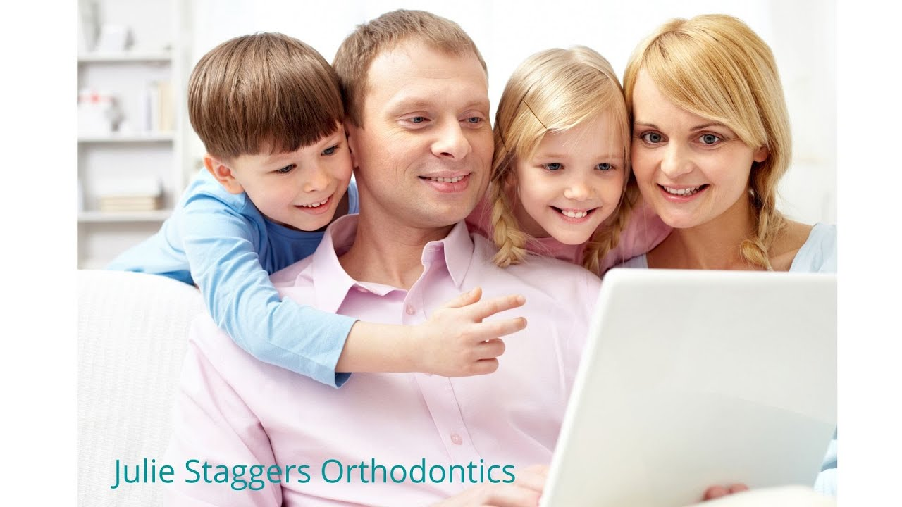 How to Use Orthodontic Wax - YouTube