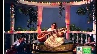 Andha Sivagami Maganidam Sethi Solladi Pattinathil Boodham.flv