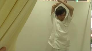 肘、肩、背中に有効な上腕三頭筋のストレッチ 上腕三頭筋損傷 検索動画 12
