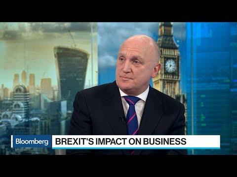 Brexit Pressure Weighs on British Manufacturers