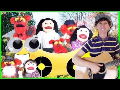 Family Song For Children | 7 Family Member Names |  Learn English Kids